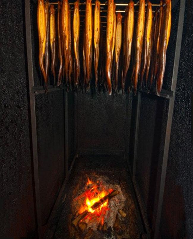 hot smoked eel whole